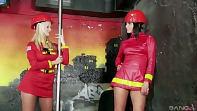 Extraordinary lesbian Cindy Dollar suitably a strapon to please her girl