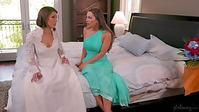 Bridesmaid gives a cunnilingus to impress bride Abigail Mac and makes will not hear of unequivocally relaxing