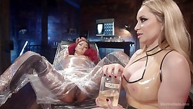 Busty MILF Aiden Starr has become a professional dominatrix